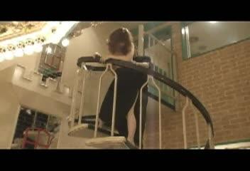 [個人収録]ドレスを着たシロウト社内レディーが螺旋階段でSEXあくめ☆☆
